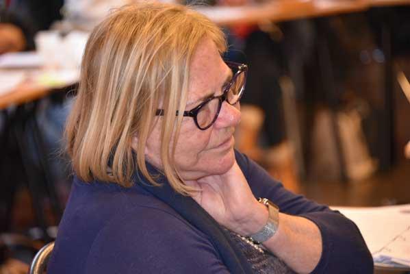 En Formation au Collège d'Hypnose et Thérapies Intégratives de Paris